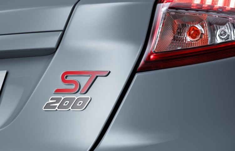 FordGeneva2016_FiestaST200_04